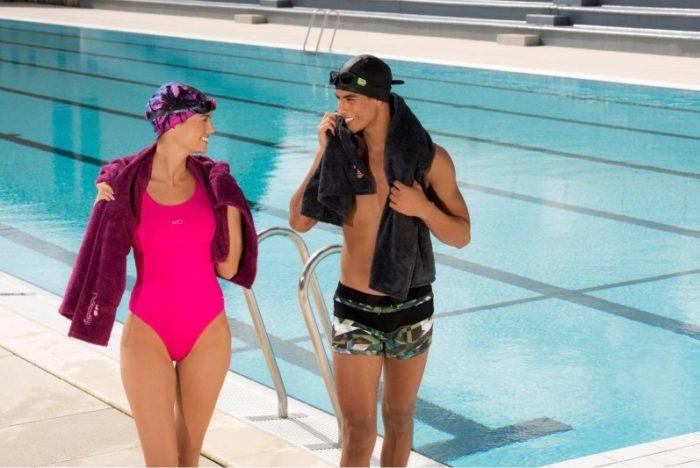 Одежда для посещения бассейна