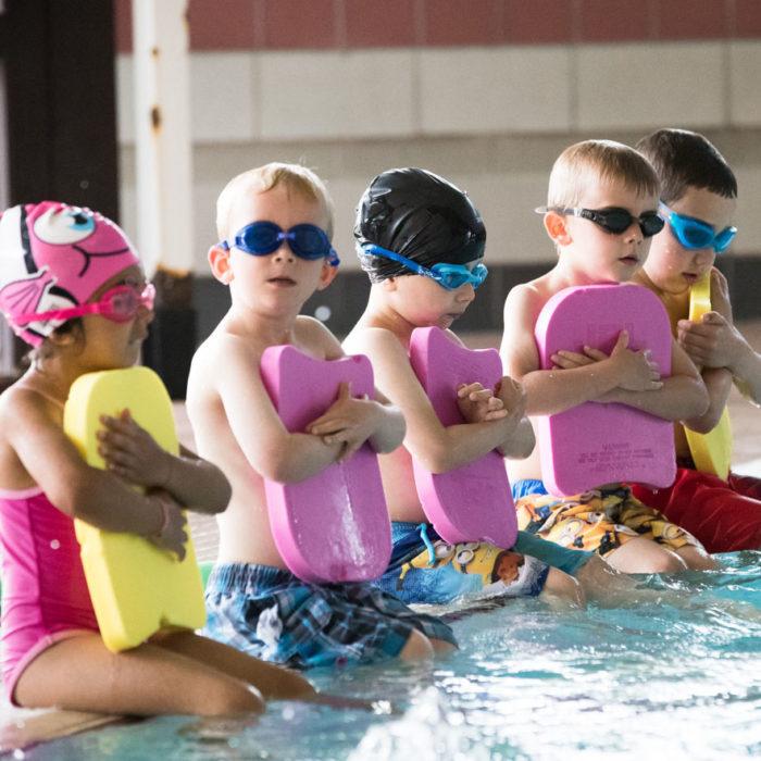Занятия плаванием в детском саду