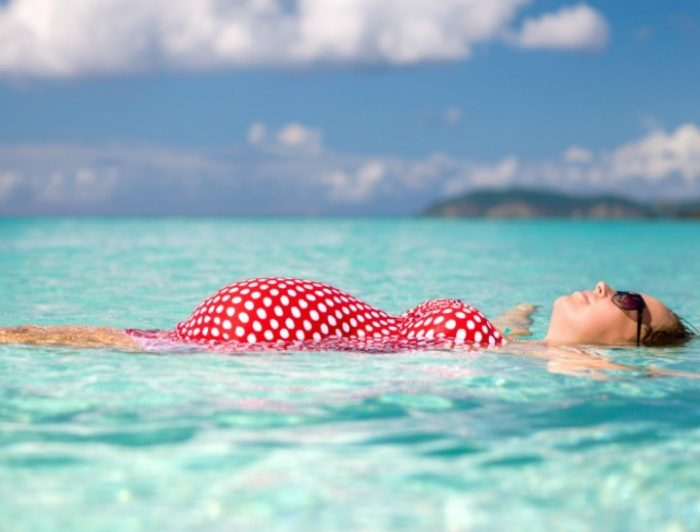 Можно ли беременным плавать в бассейне