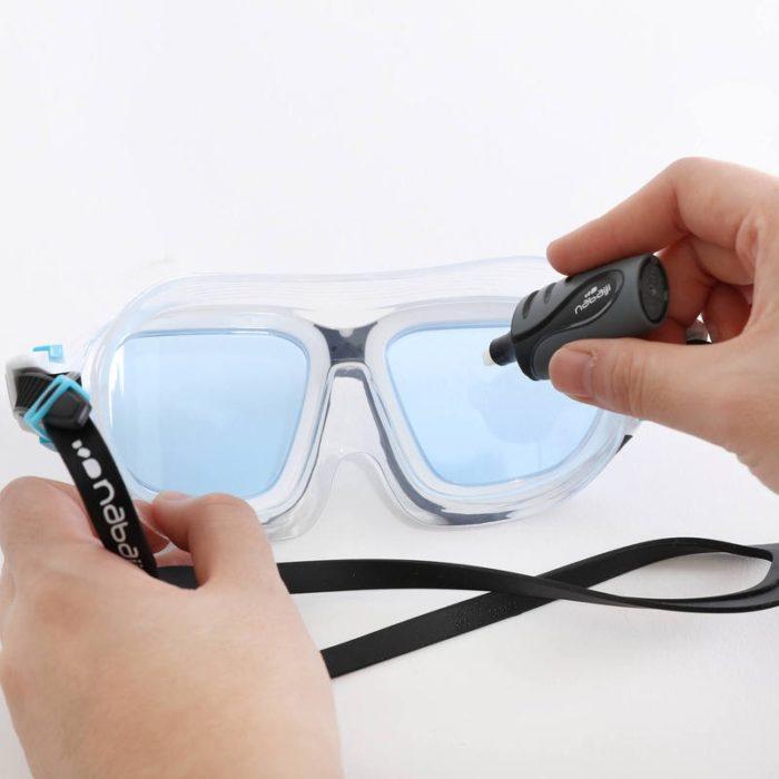 нанесение антифога на очки для плавания